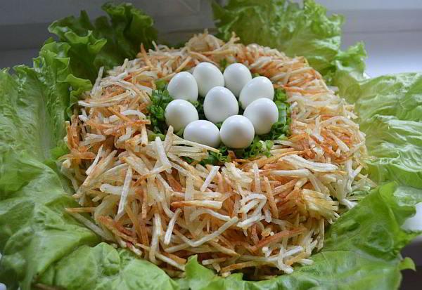Салат «Гнездо глухаря»